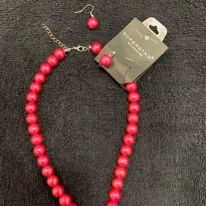 Beaded necklace and drop earrings